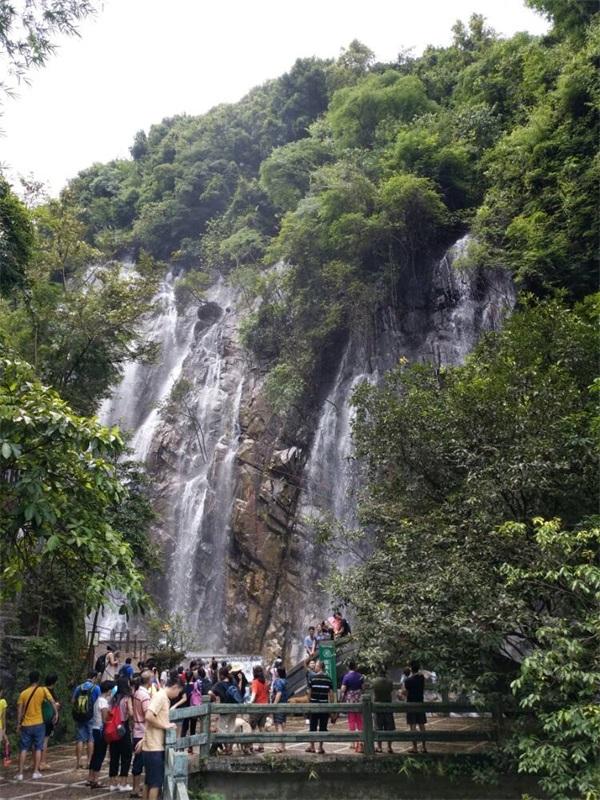肇庆奇石河风景区