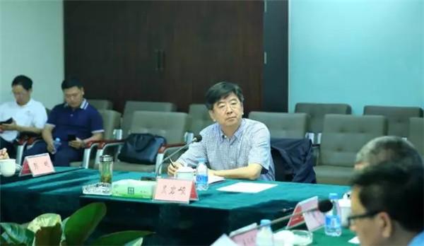 市长吴岩峻在三亚凤凰岛主持召开现场办公会 研究加快凤凰岛项目建设 - 智汇国际 - 智汇国际的博客